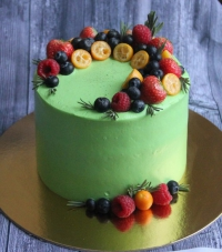 торт с цветами и ягодами заказать в Санкт-Петербурге