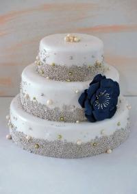 трехярусный мастичный торт заказать в Санкт-Петербурге