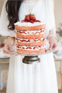 торт ягодный поцелуй заказать в Санкт-Петербурге